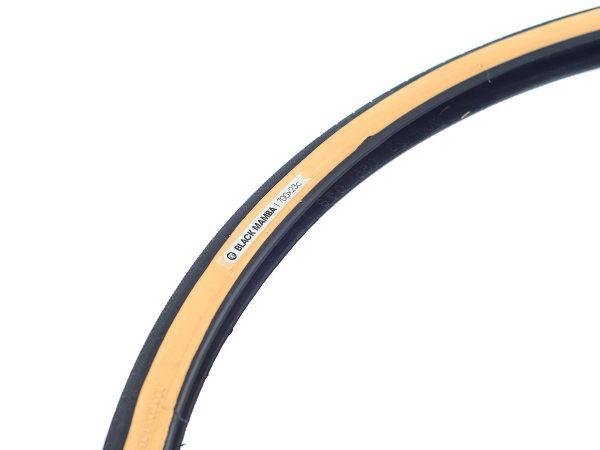 BLB Black Mamba Foldable Tyre-1595