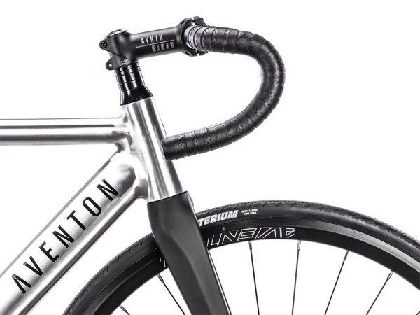 Aventon Cordoba Limited Edition Fixie Fahrrad Polished-2465