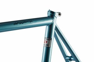Cinelli 2018 Gazetta Frame-3238