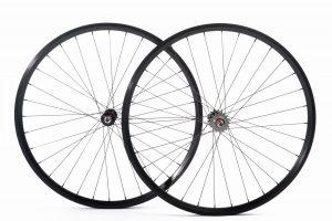 Quella Bikes 25MM Lightweight Radsatz-0