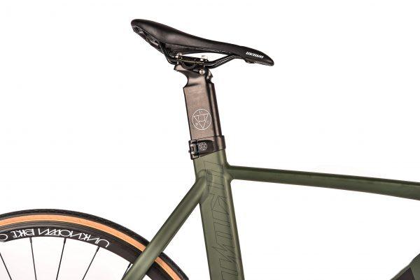 Unknown Bikes Fixed Gear Fahrrad Singularity – Armeegrün